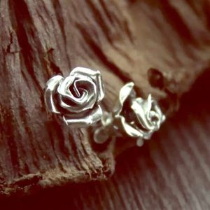 Jewelry - Super realistic 3D Rose post earrings